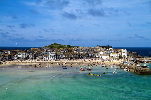 Airports transfers from Cornwall to London