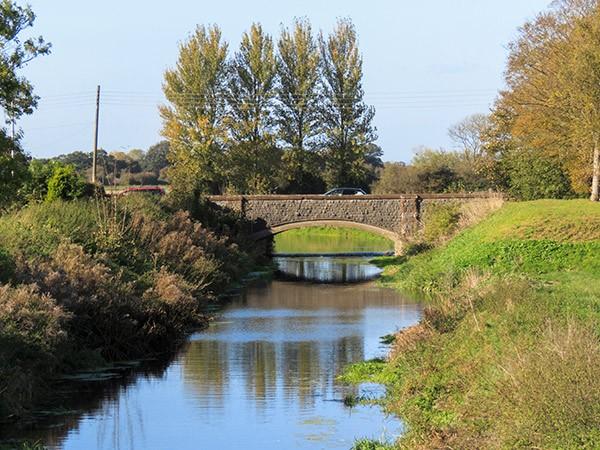 The river Yeo near Barnstable