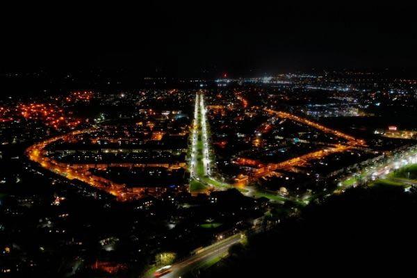 Bridgwater Parkway at night