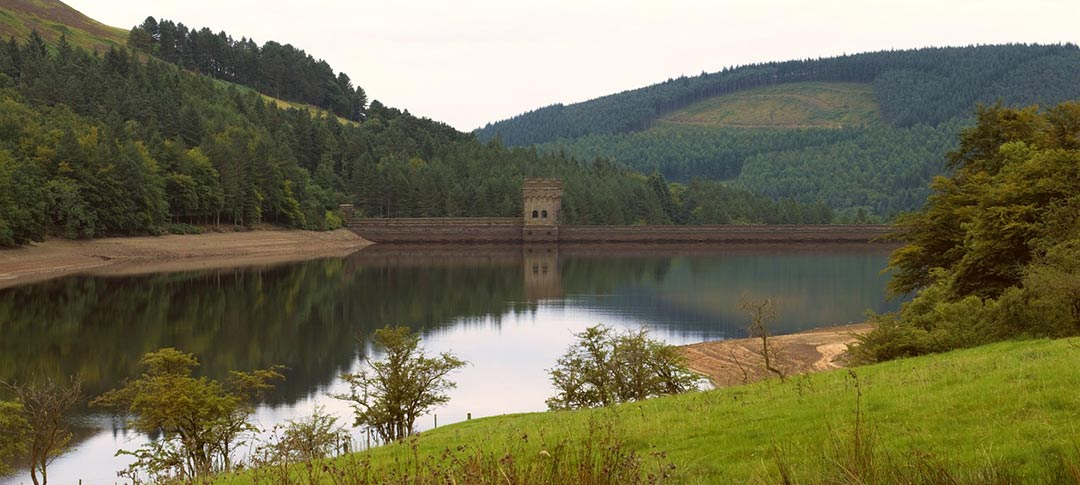Howden reservoir in Derbyshire