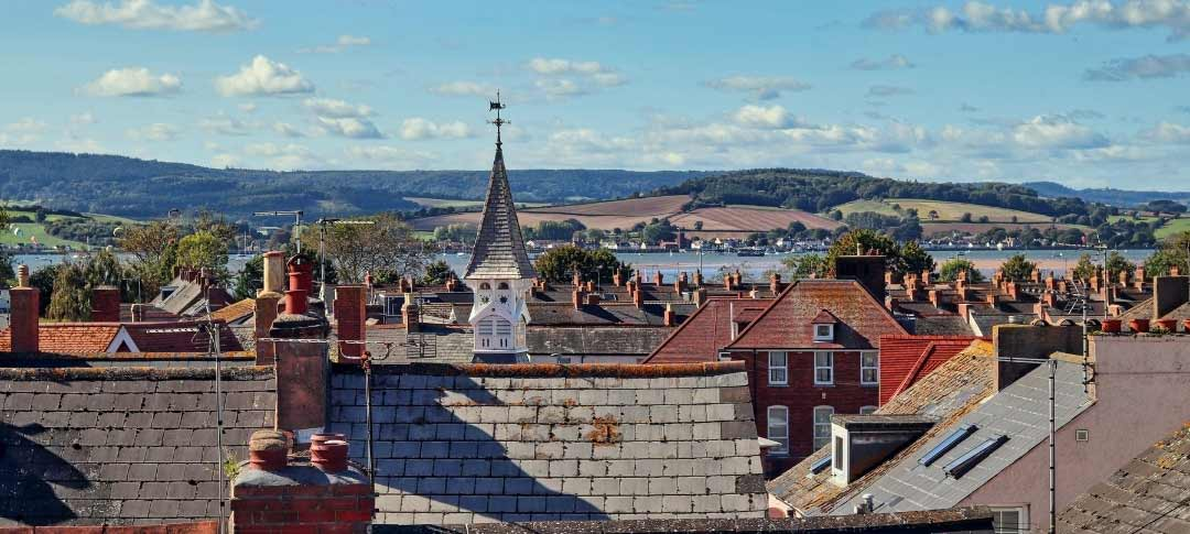 View across Exmouth rooftops to the sea