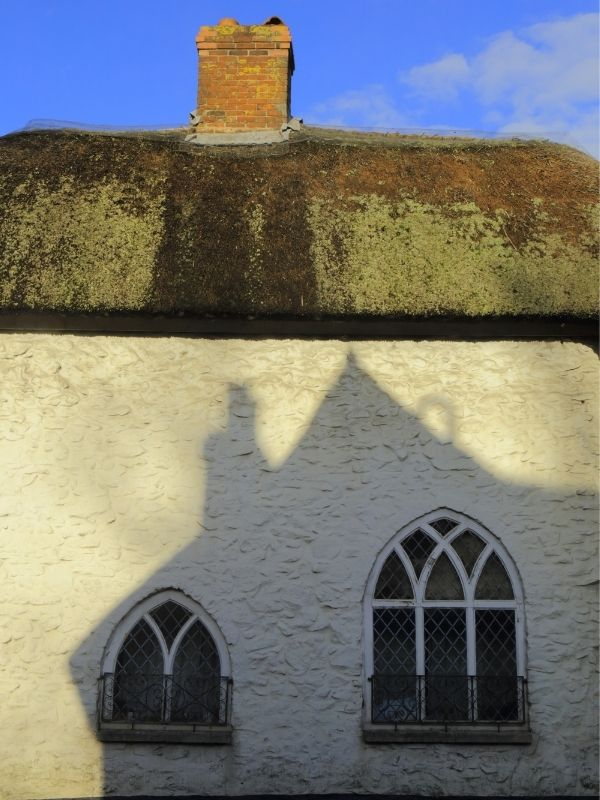 Thatch cottage in Honiton