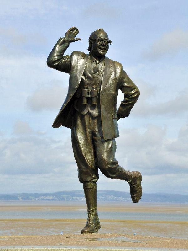 Eric Morecambe Statue in Morecambe