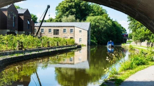 Old mill on Lancaster Canal near Preston