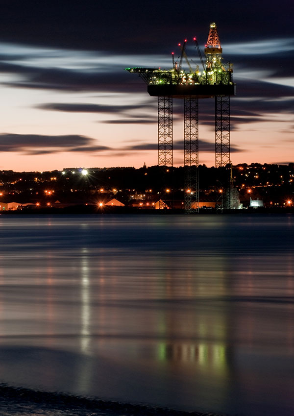 Dundee oil rig at night