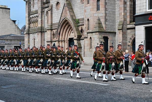 Men in kilts in Aberdeen